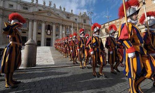 Ruberie in Vaticano: a processo chi denuncia, non i corrotti