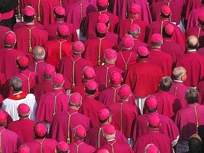 """Sinodo permanente"" nelle diocesi"