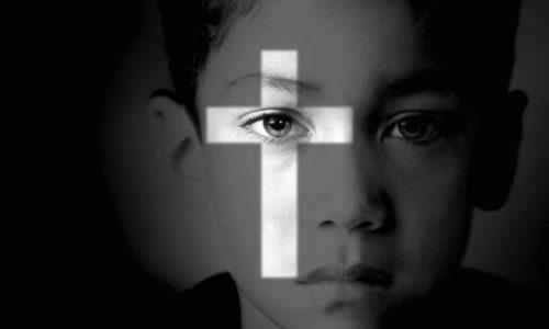 Violenze sui minori da parte di religiosi. Diocesi e parrocchia chiamate a risarcire