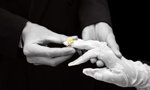 I cattolici vogliono abolire il celibato dei preti. Si parte dalla Svizzera, ma richiesta di preti sposati è mondiale
