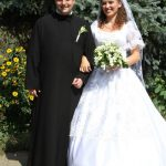 "Preti sposati riammessi e ""viri pobati"" temi cruciali per la riforma Chiesa"
