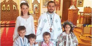 I Preti sposati possono garantire l'Eucarestia, come centro e fondamento di qualsiasi comunità cristiana, sono sacerdoti che potrebbero supplire mancanza preti e il Papa tentenna ancora a riammetterli. Contraddizioni vaticane